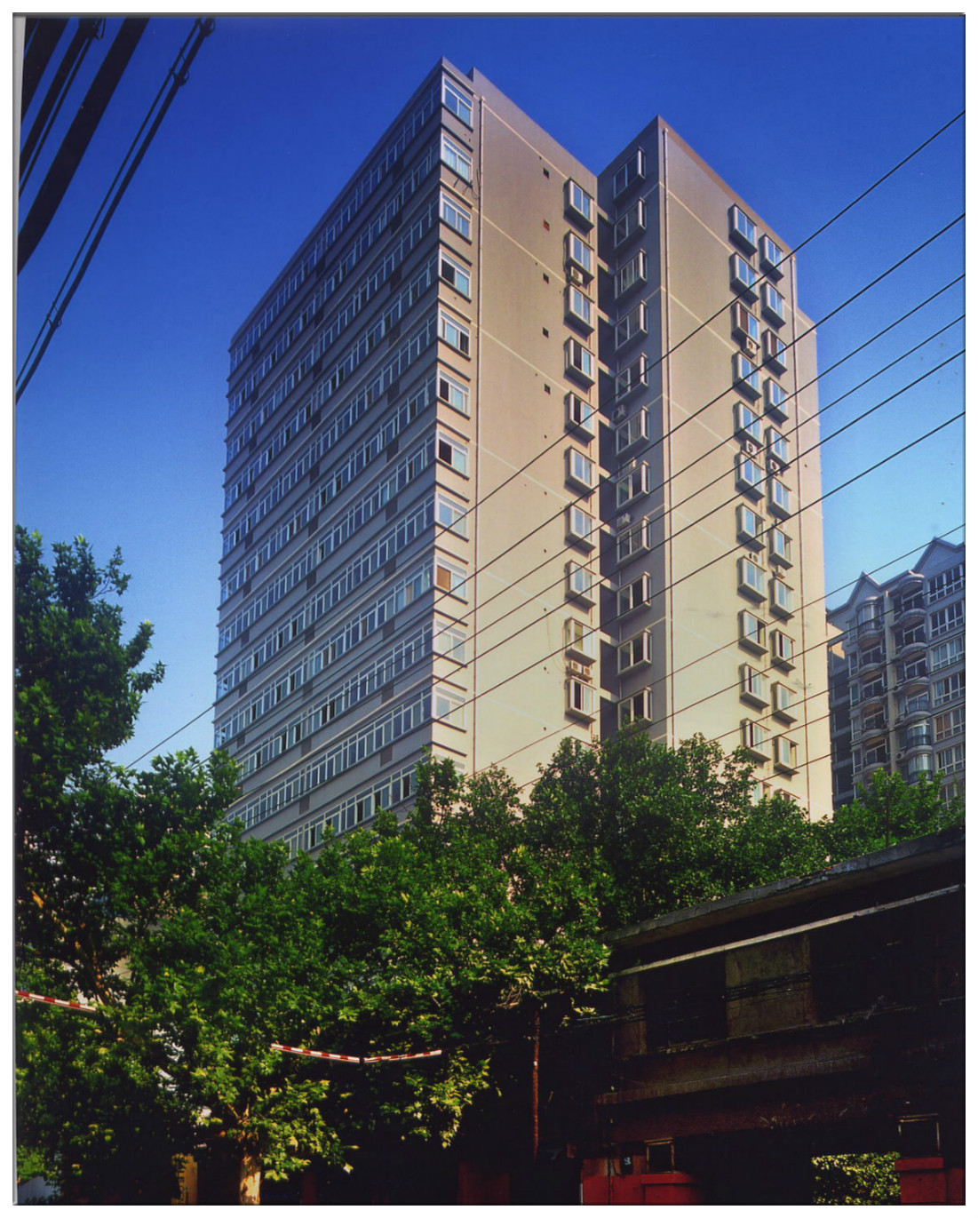 西安市团结东路时代家园1号楼万博max电脑网页版登录入口